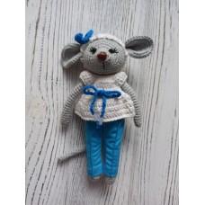 М'яка іграшка HandMade Ведмедик Модниця в'язана 16см, сіра (TI-002)