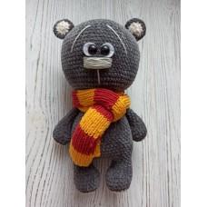 М'яка іграшка HandMade Ведмедик Валентин в'язана 27см, темно-сірий (TI-006)